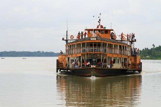rocket-steamer-sundarbarns-delta-bangladesh